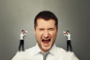 A autocrítica está vinculada ao nível de exigências que uma pessoa se impõe.